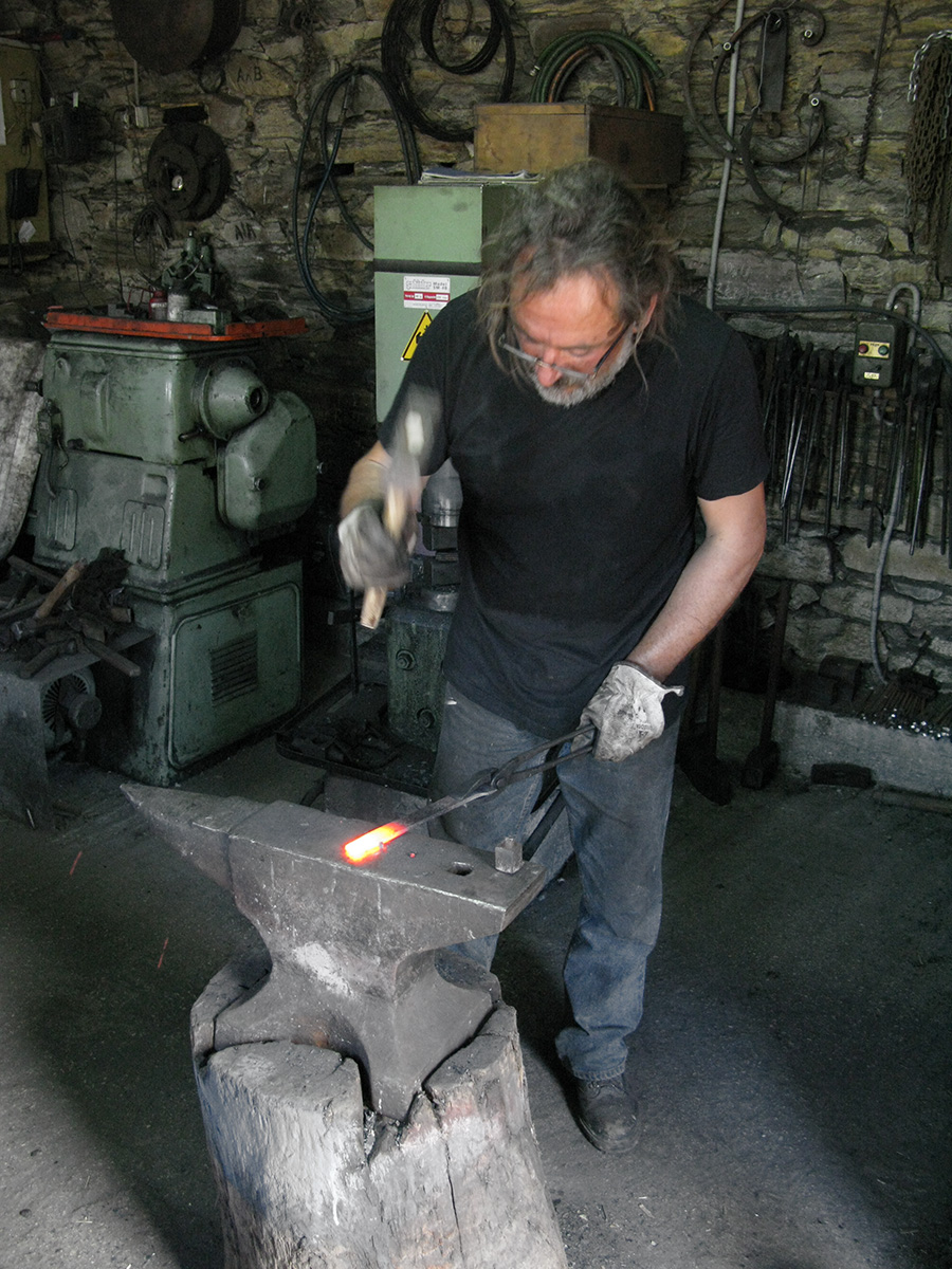 metal & art | traditional blacksmith | Tinos, Greece