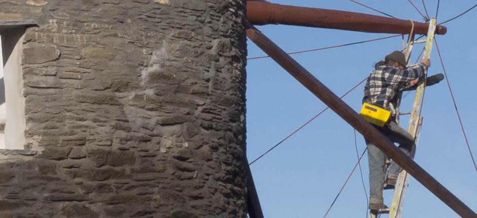 Ανακατασκευή ανεμόμυλου στην Τήνο | Windmill restoration in Tinos, Greece