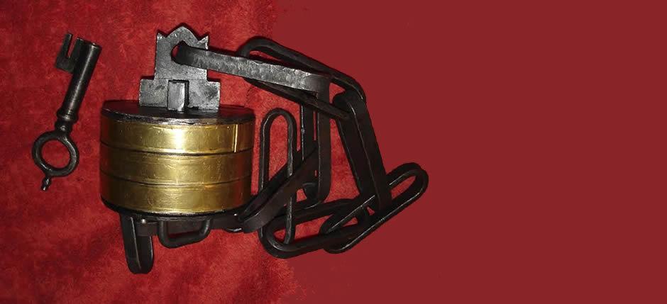 Ο Μηχανισμός της Ελεύθερνας | ανακατασκευή Δημήτρης Χατζής, Τήνος | Eleutherna ancient lock mechanism reconstruction by D. Chatzis in Tinos